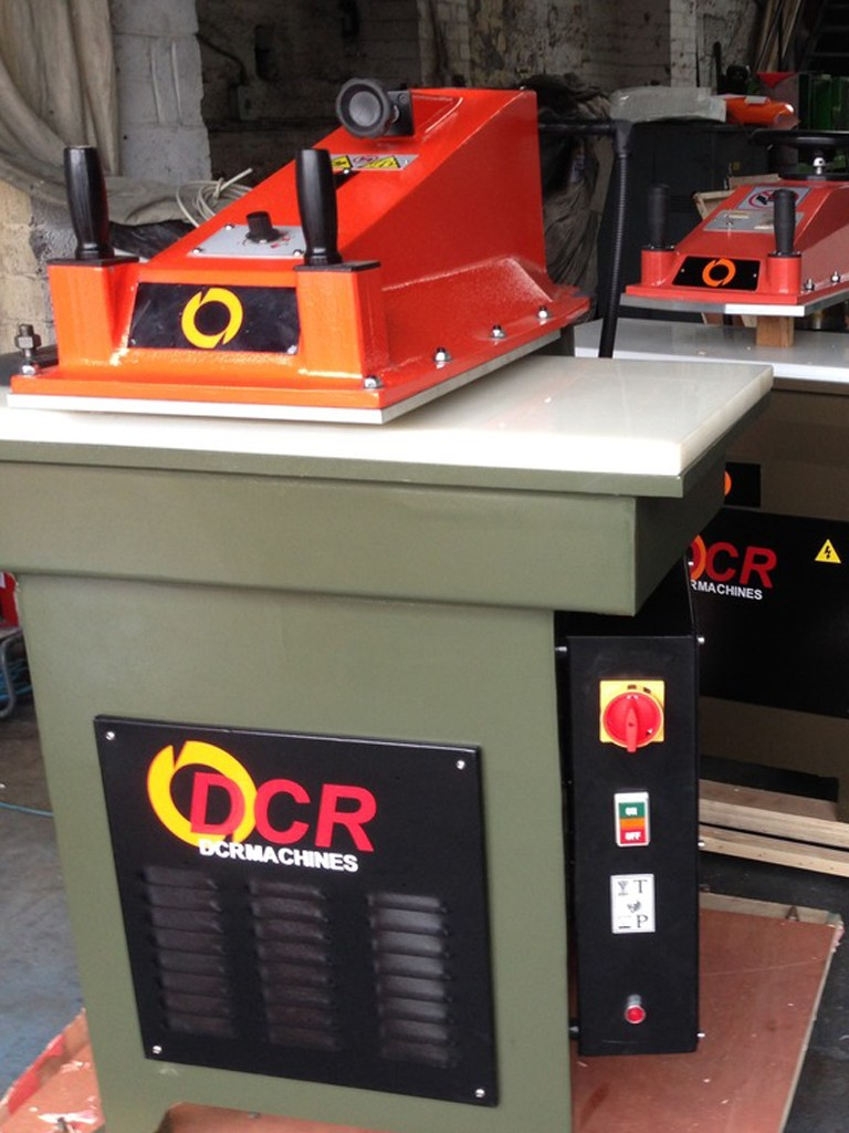 BRAND NEW DCR 15 AND 20 TON CUTTING PRESSES  15 TON WITH CUTTING TABLE 800 X 400MM 20 TON WITH CUTTING TABLE 900 X 430MM
