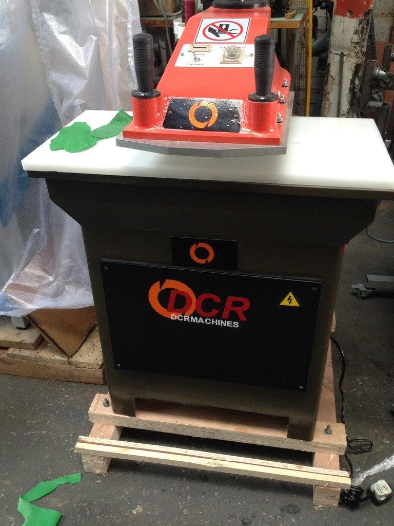 BRAND NEW DCR 15 ton swing arm press Table 800 x 400mm