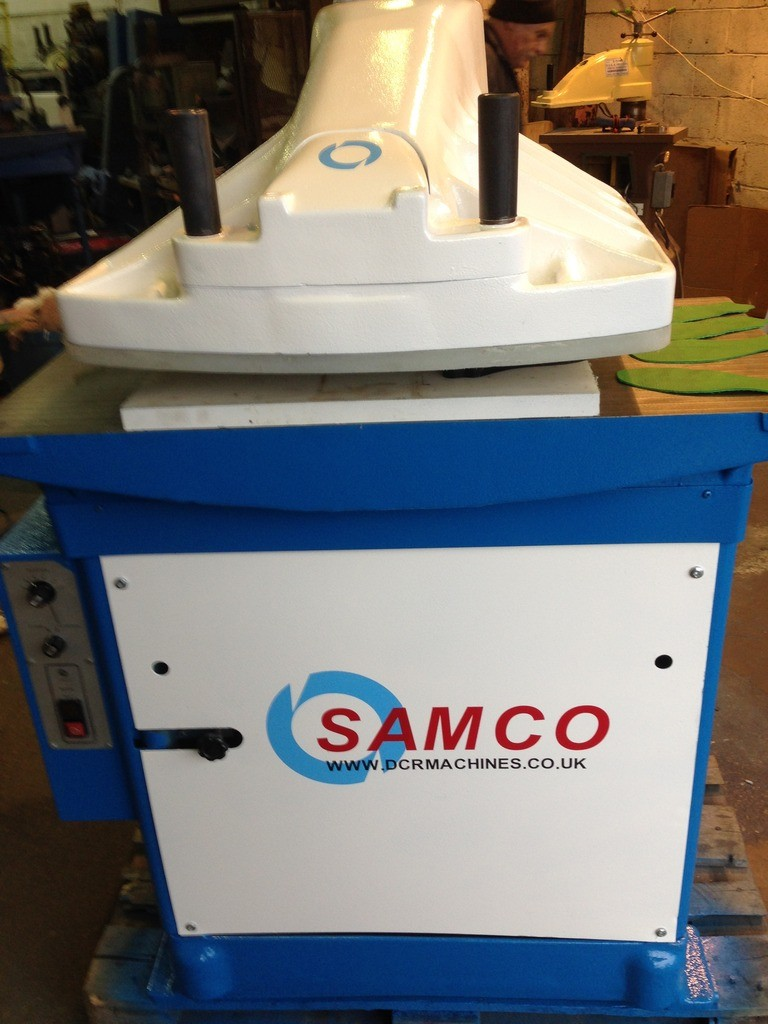 SAMCO 25 HYTRONIC WITH OVER SIZE HEAD, CUTTING BOARD BOLTED ON THE HEAD FOR INVERTED CUTTING