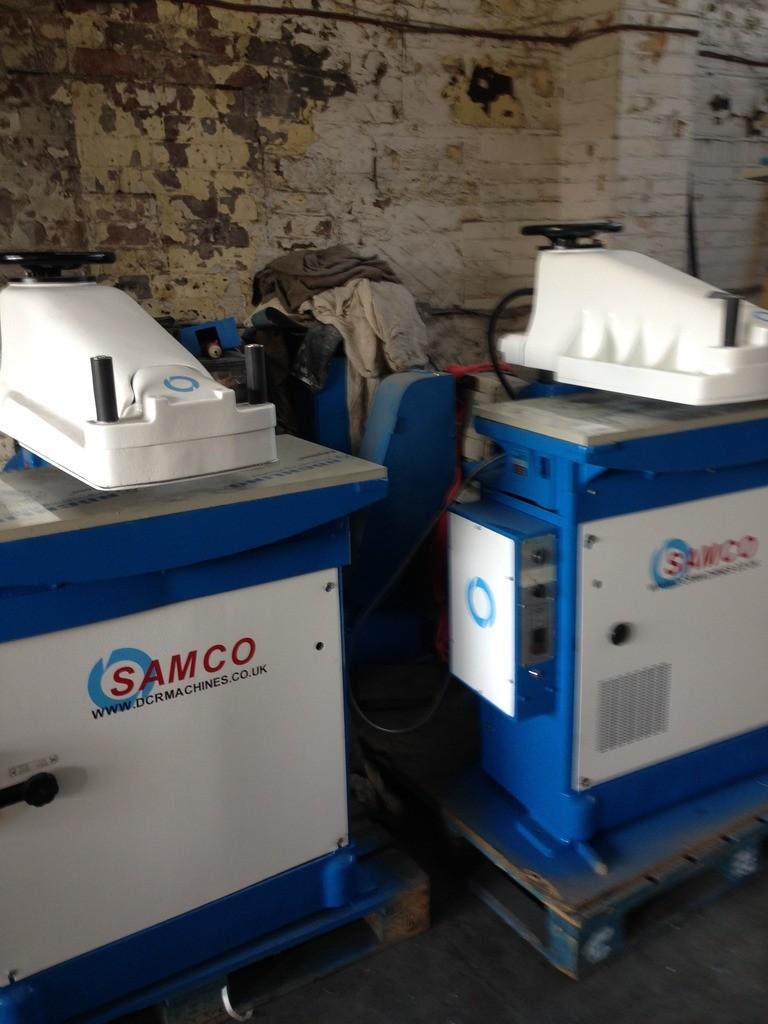 SAMCO HYTRONIC SWING BEAM PRESS TABLE 900 X 450 22 TON CUTTING PRESSURE